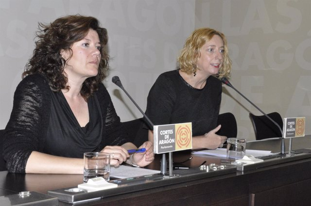 Carmen Martínez (CHA) y Patricia Luquin (IU)