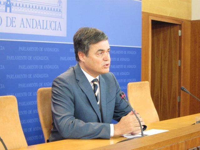 Carlos Rojas, hoy ante los medios