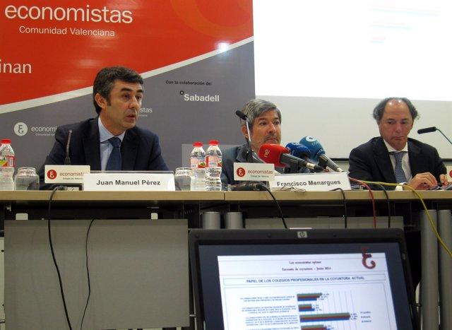 Los decanos de los colegios de economistas de la Comunitat en rueda de prensa.