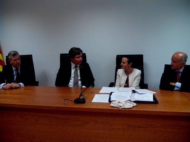 Santamaría conversa con Pilar de la Oliva