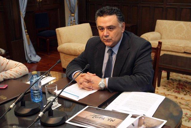 Julio Flores