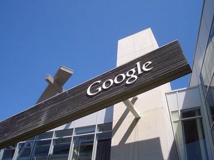 Una manifestante se cuela en directo en Google I/O