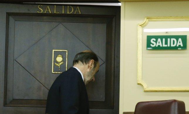 Alfredo Pérez Rubalcaba anuncia que deja su escaño en el Congreso