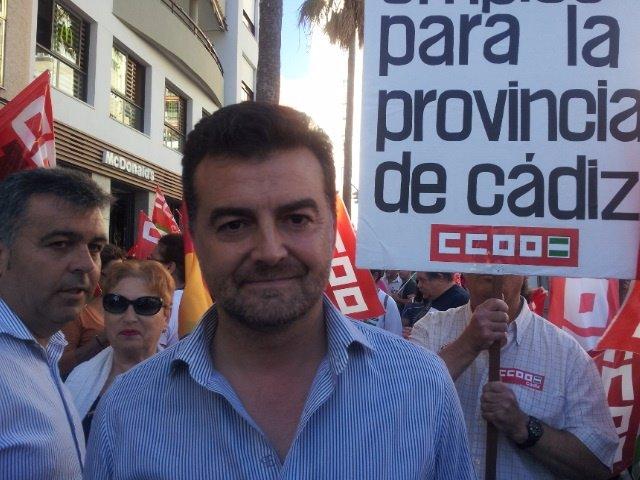 Maíllo antes de participar en la manifestación 'Cádiz empleo ¡Ya!'