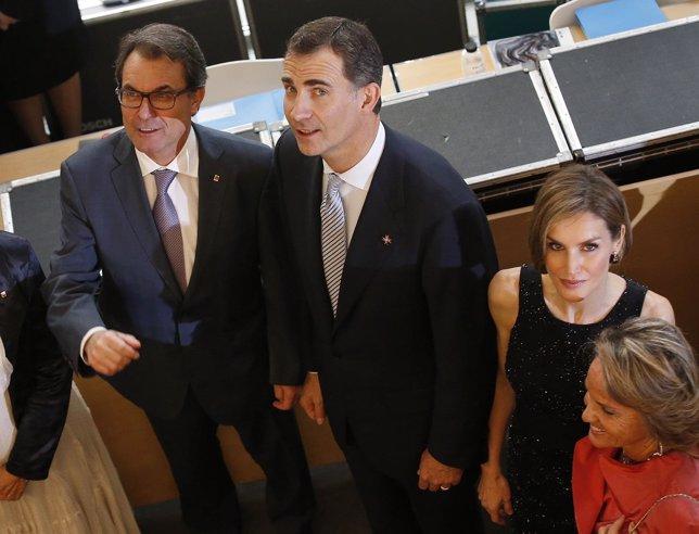 El Rey, la Reina y Artur Mas en Girona