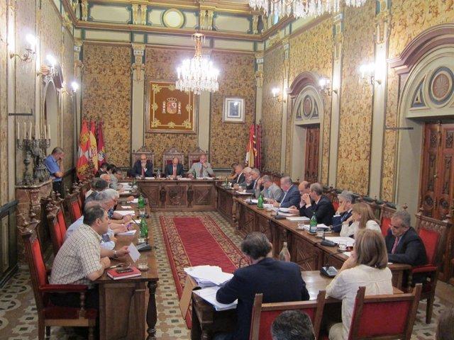 Pleno ordinario en la Diputación de Salamanca