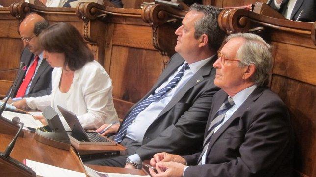 Javier Mulleras (PP) Sònia Recasens, Joaquim Forn, alcalde Xavier Trias (CiU)