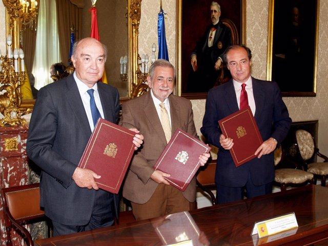 Firma de convenio de colaboración entre Hacienda, CEOE y Cepyme