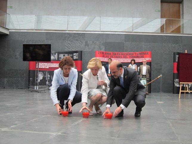 Yolanda Barcina, María Sanz y Alberto Catalán.