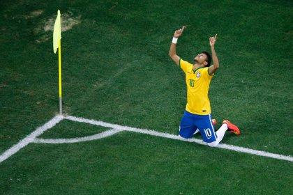Chile y Brasil, duelo entre dos conocidos que atacan mucho pero sufren en defensa