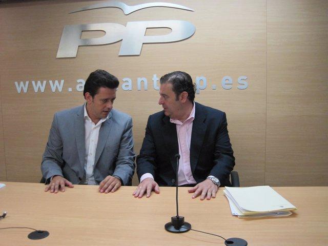 José Juan Zaplana y Gerardo Camps antes de la rueda de prensa