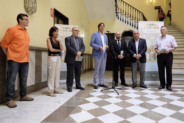 Caneda presenta la tercera edición de teatro y música en los distritos