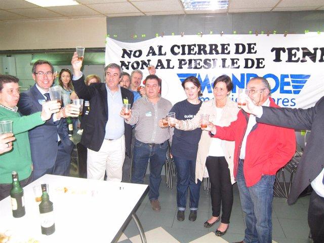 Franscisco Álvarez-Cascos y los trabajadores de Tenneco