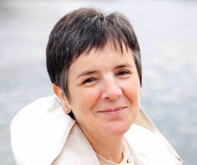 La escritora Nieves Álvarez