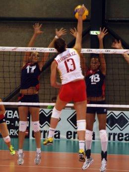 Helia González Selección Femenina Voleibol