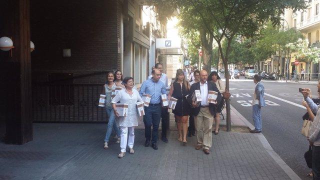 Pedro Sánchez presenta en Ferraz los avales para la Secretaría General