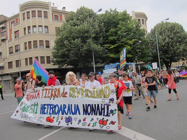 Manifestación en Pamplona con motivo del Día Internacional del orgullo LGTBI