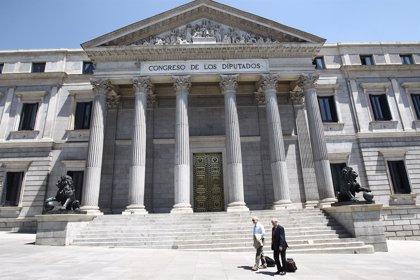 Defensores y detractores de la reforma se citan en el Congreso el jueves a la misma hora en sendos seminarios