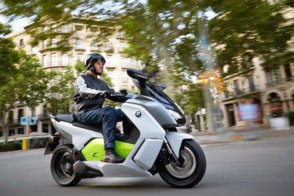 UPyD pide una tarifa reducida en los peajes de autopistas para las motocicletas y otros vehículos ligeros