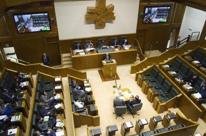 El gasto medio por cada uno de los 65 parlamentarios de Extremadura es de  213.846 euros al año, por debajo de la media