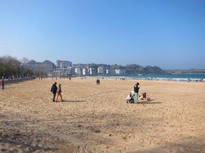 Casi 3.350 personas dejaron Cantabria el año pasado, cuando la población cayó un 0,4%