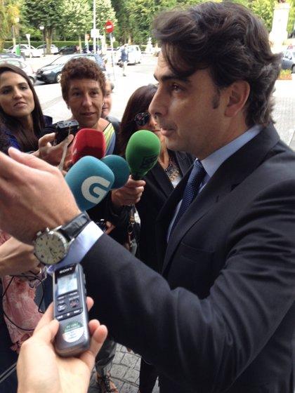 """Diego Calvo, tras declarar como testigo: """"Sigo confiando totalmente en la inocencia del alcalde de Ferrol"""""""
