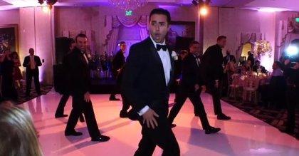 ¡Esta boda es un viral! El novio baila como Beyoncé