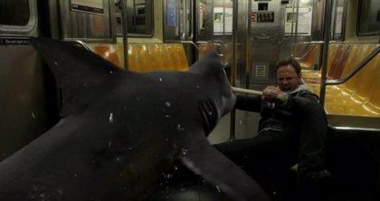 Tiburones en el Metro de NY en el nuevo clip de Sharknado 2