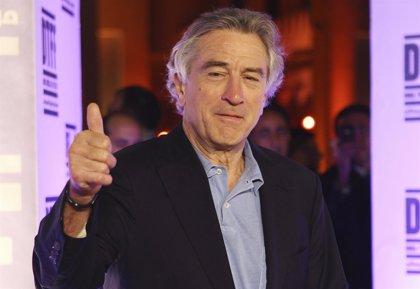 Robert De Niro detiene la grabación de su película para ver el Mundial