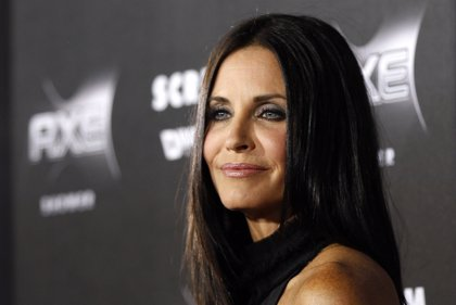 Courteney Cox, la actriz de 'Friends' se compromete