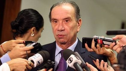 Aloysio Nunes será el vicepresidente en la candidatura de Aécio Neves