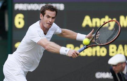 Murray y Djokovic avanzan a cuartos en Wimbledon
