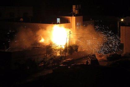 """El Ejército de Israel bombardea 34 """"objetivos terroristas"""" en la Franja de Gaza"""