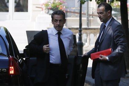 La Policía pone bajo custodia a Sarkozy para interrogarle por tráfico de influencias