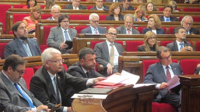 J.M.Pelegrí, F.Mascarell, S.Vila y Artur Mas, en el Parlament
