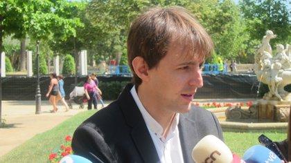 Javi López (PSC) reafirma su compromiso de no apoyar a Juncker para presidir la CE