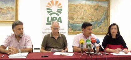 UPA no descarta movilizarse si no se actúa ante el exceso de vino