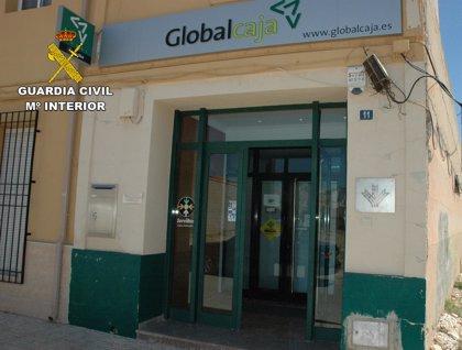 Detenidos dos atracadores de la sucursal bancaria de Barrax