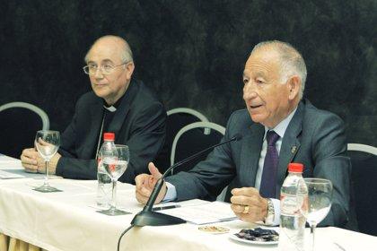 """El obispo valora el """"compás de reflexión"""" que introduce la ley frente a la """"liberalización"""" anterior"""