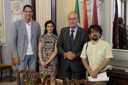 El escritor malagueño Cristian Crusat gana el VI premio Málaga de Ensayo José María González Ruiz