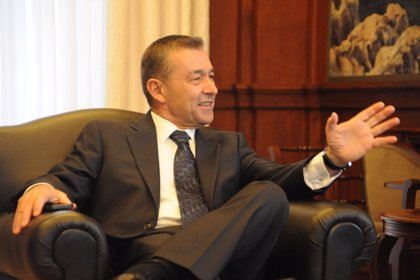 "Rivero tacha de ""falta de respeto institucional"" que el Gobierno no responda si autoriza la consulta sobre prospecciones"