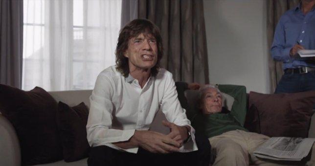 Mick Jagger presenta a Monty Python