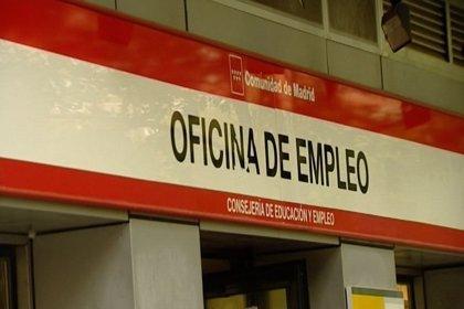 Los empleados con contrato indefinido y a tiempo completo dejan de ser mayoría, según CC.OO.