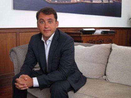 """Alcalde de Santa Cruz de Tenerife espera una """"propuesta real"""" de Rajoy sobre la elección directa"""
