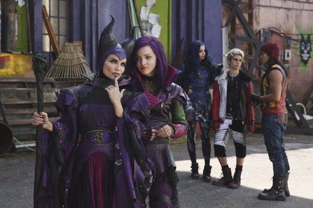 Descendants: Así es Kristin Chenoweth como Maléfica