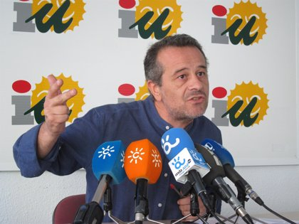 """IULV-CA, al PP-A : """"La zorra no puede pedir debates para dar lecciones"""""""