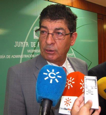 """Valderas se propone como """"primer objetivo"""" que Andalucía baje del millón de parados antes de que acabe agosto"""