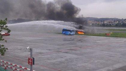 Simulacro de accidente aéreo en el aeropuerto de San Sebastián