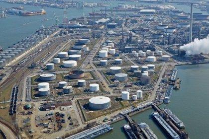 Economía/Empresas.- ExxonMobil invierte 735 millones en una planta de refinería en Amberes