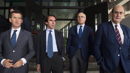 Feijóo, tras la detención de Sarkozy, aboga por la proporcionalidad entre el procesamiento y el cargo que se representa